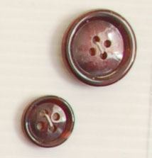 4-hole button (Plastic - 15mm - Burgundy)