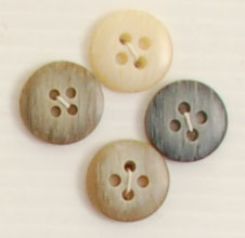 4-hole button (Plastic - 15mm - Dark beige flecked)