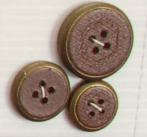 4-hole button (Plastic - 24mm - Leather circled bronze)