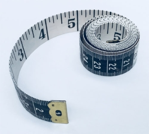 Flexible tailor's tape measure in inches
